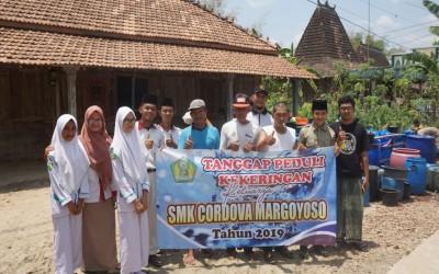 Tanggap Peduli Kekeringan SMK Cordova Margoyoso